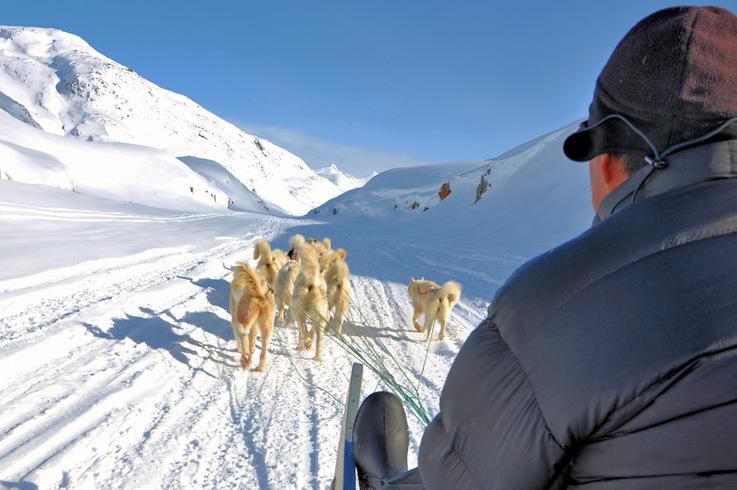 Grönlands Bewohner versuchen den Spagat zwischen Tradition und Moderne. Dies ist kein einfaches